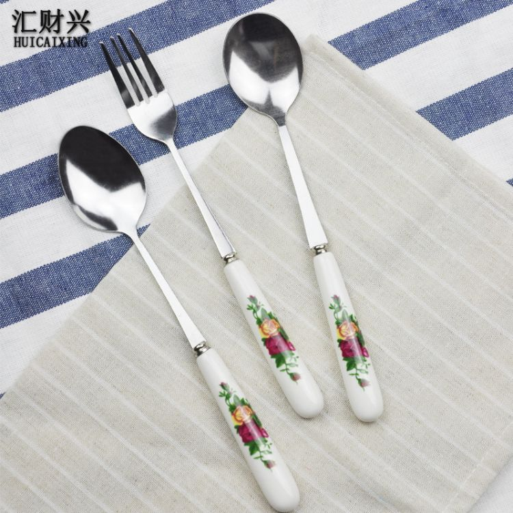 不锈钢韩式西餐具礼品 叉勺水果叉玫瑰花带磁陶瓷柄勺子 厂家直销