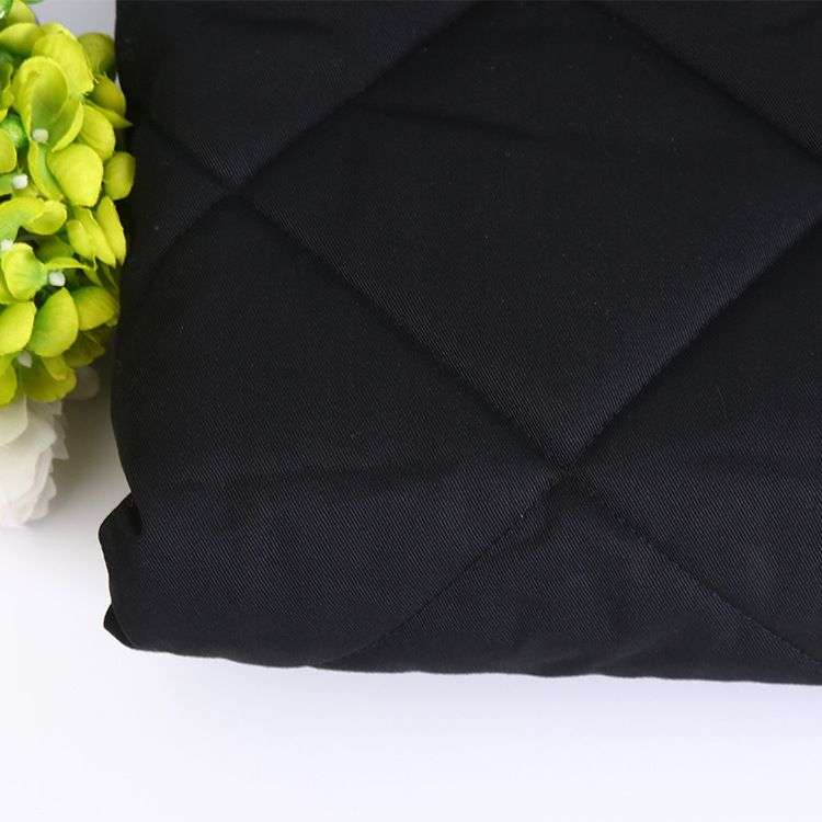 来料加工绗缝面料 三层绗缝 无纺布料市场批发 沙发布时装面料