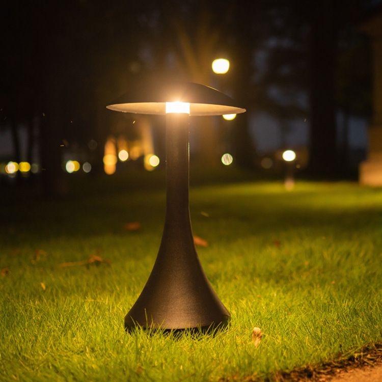 草坪灯户外防水柱头灯庭院灯现代简约景观花园灯别墅园林草地灯