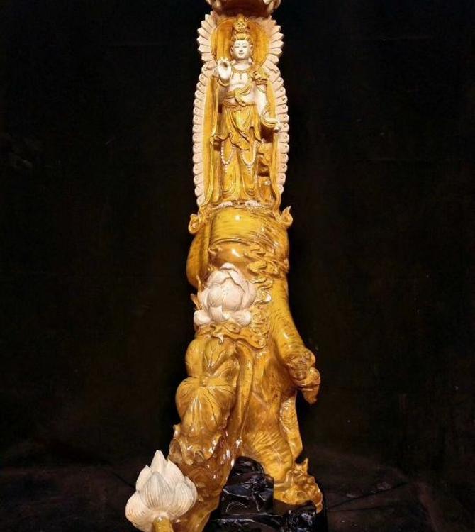 木雕佛菩萨神人物像工艺品工价直销定制一条龙