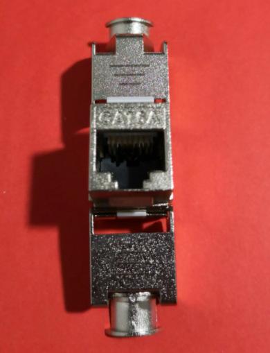 带屏蔽锌合金超六类安普电脑模块网络模块