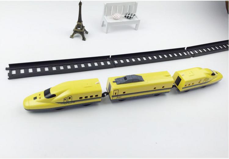 出口日本火车轨道电动轨道大黄模型车 新干线模型车交通工具模型