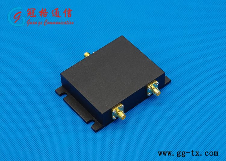 微带二功分器/SMA口/698-2700MHz