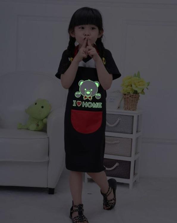 厂家批发儿童画画夜光防污水小熊围裙定做小孩围裙日用品家居现货