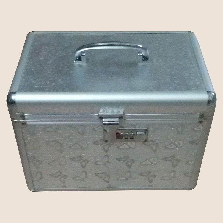 广东佛山供应批发 大容量外出旅行箱包 专业铝合金手提化妆箱包