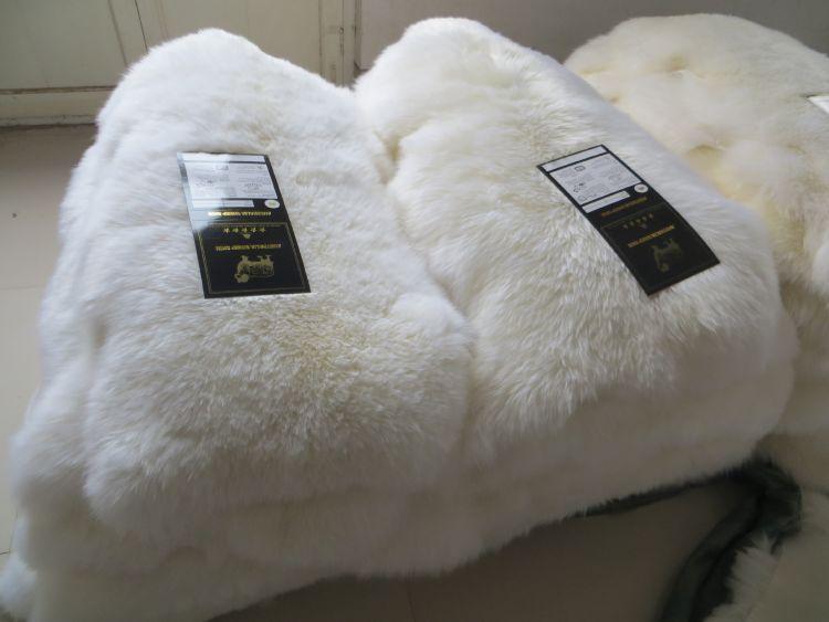 厂家供应时尚家具装饰羊皮  地毯羊皮 优质羊皮制品羊皮革