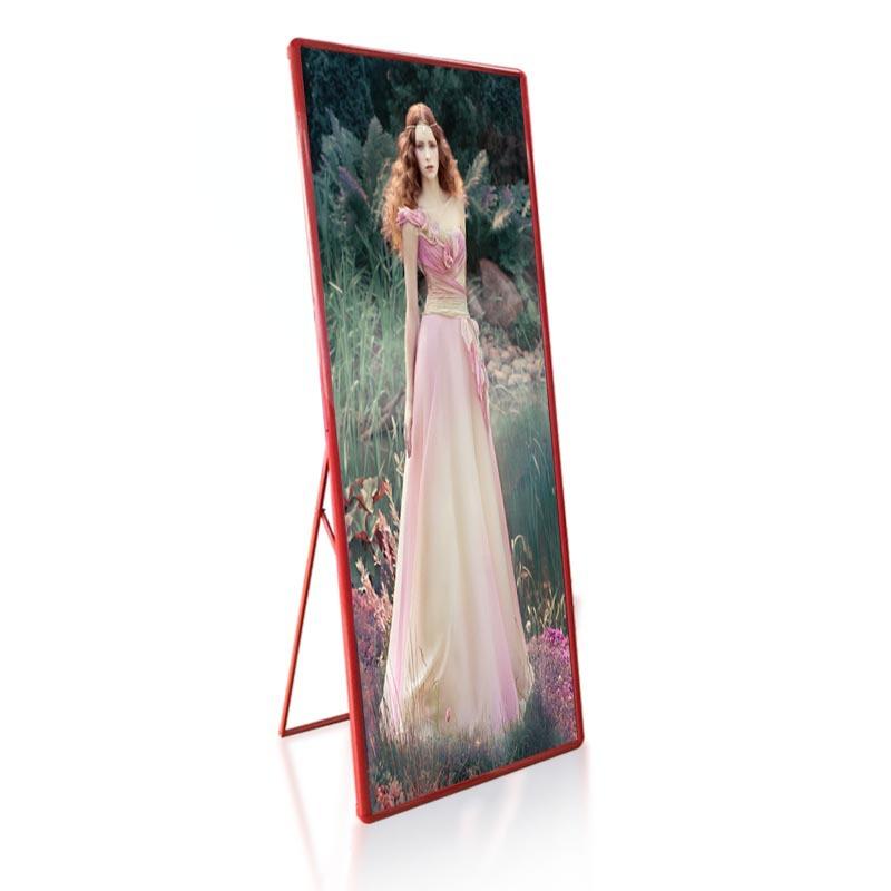 深圳LED显示屏厂家P3LED海报屏LED镜子屏服装店led广告屏厂家直销元和丰光电