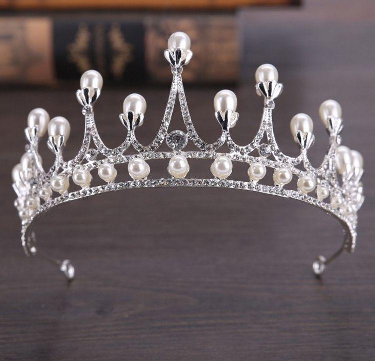 新款韩式合金珍珠皇冠欧美新娘婚纱礼服配饰派对舞会头饰厂家批发