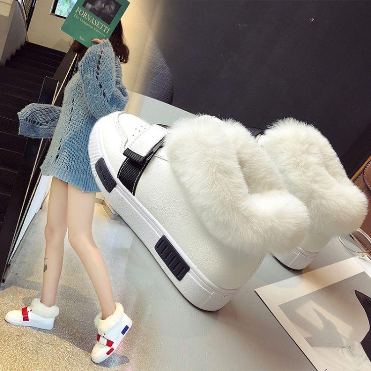 女士时尚小白鞋2018秋冬季新款圆头人造短毛绒保暖舒适百搭韩版潮