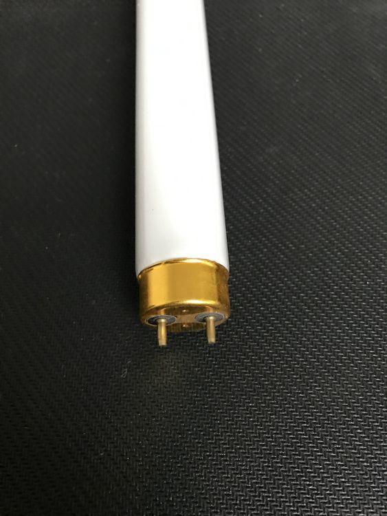 厂家直销T8-40W荧光灯管