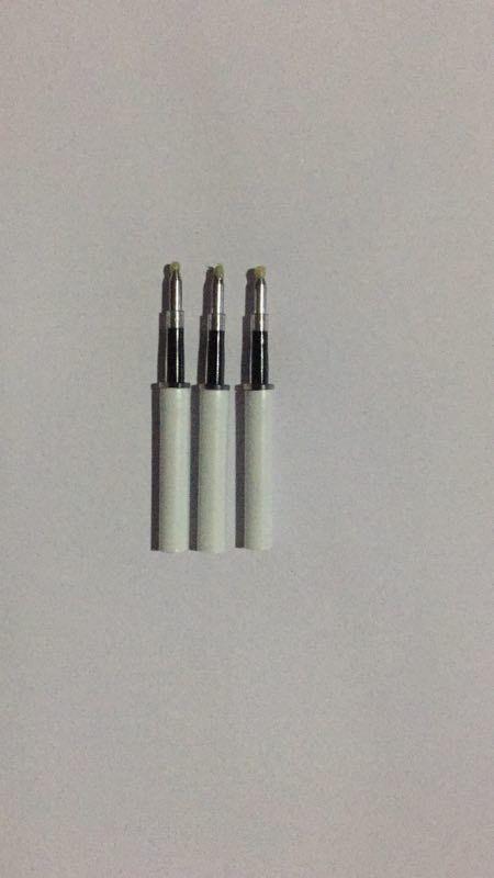 工厂生产战术笔中性签字笔芯,按动跳笔中性笔芯,可定做尺寸