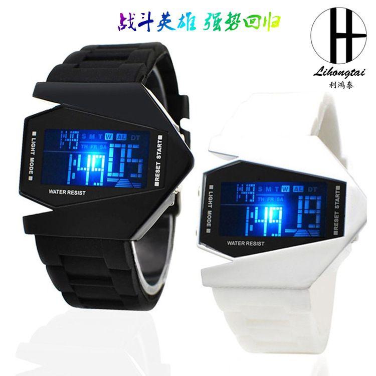 厂家直销塑胶防水儿童手表时尚学生LED手表爆款推荐情侣学生手表