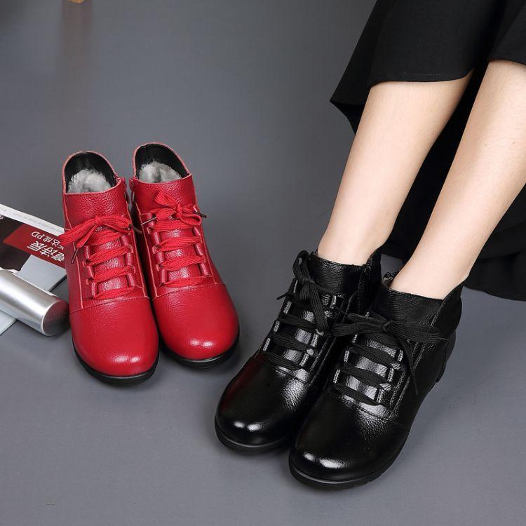 新款冬季真皮平底妈妈鞋舒适软底加厚加绒保暖短靴中老年大码女鞋