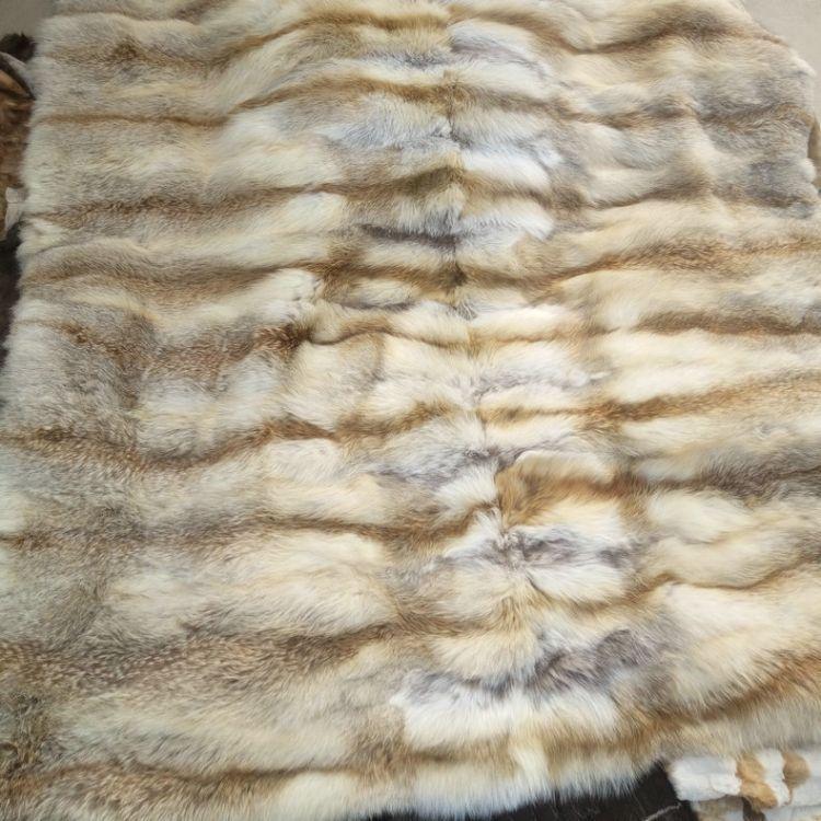 可按要求定制 高品质真皮毛狐狸毯子 河北厂定做沙发盖毯狐狸毯子