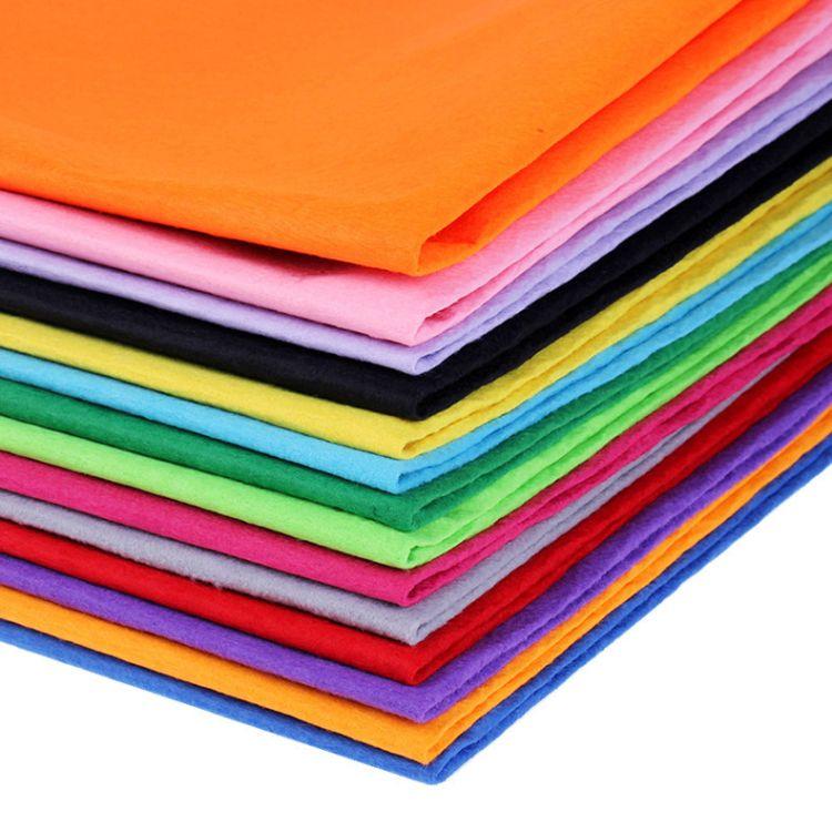 厂家直销 供应各色针刺无纺布  耐热耐用环保涤纶彩色无纺布批发