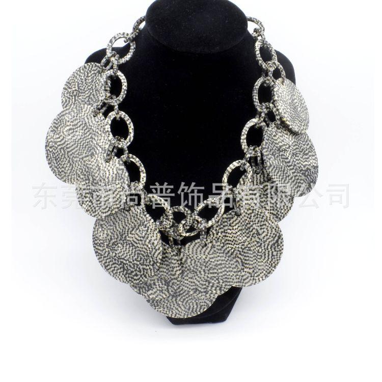 工厂直销 大圆片夸张款项链,进口板材高品质毛衣链  经典黑白格
