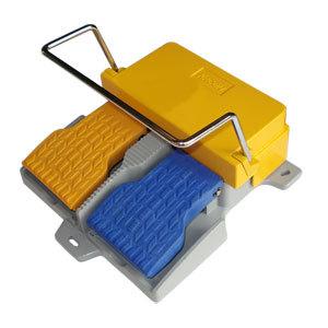 双联脚踏开关踏板无防护带提环冲压设备脚控制开关HRF-HD5F-RW