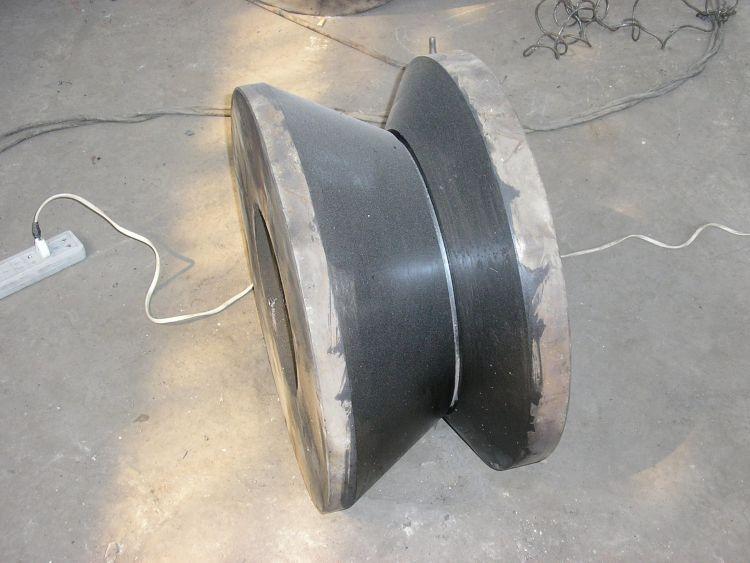供应堆焊焊丝:齿轮堆焊药芯焊丝    HRC50