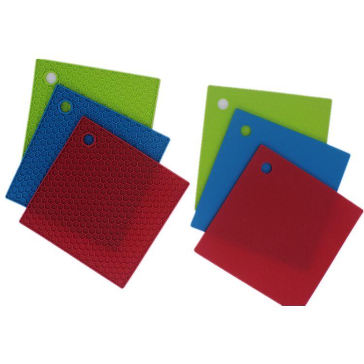 现货正方格蜂窝食品级硅胶餐垫防烫防滑垫砂煲创意隔热垫