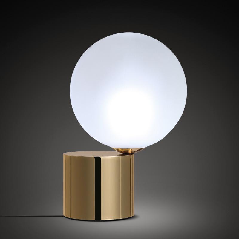 图比乐创意玻璃球台灯简约金属铁艺led台灯 乌鲁木齐卧室书房温馨床头灯