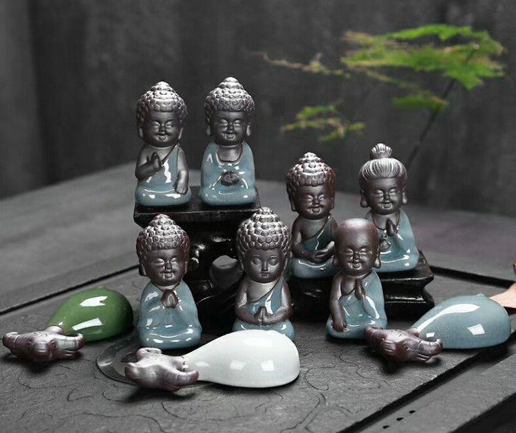 陶瓷哥窑小禅师水牛汽车摆件批发茶具配件茶宠创意小沙弥礼品批发
