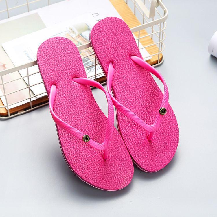 纯色夹脚PVC面人字拖鞋 女式休闲平跟防滑底水钻款拖鞋批发