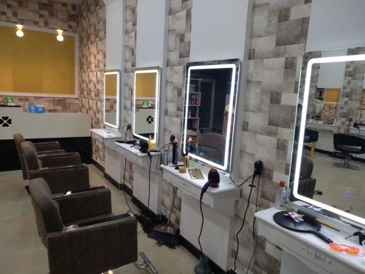 欧式美容美发镜台理发店镜子LED带灯影楼化妆镜台发廊剪发梳妆镜