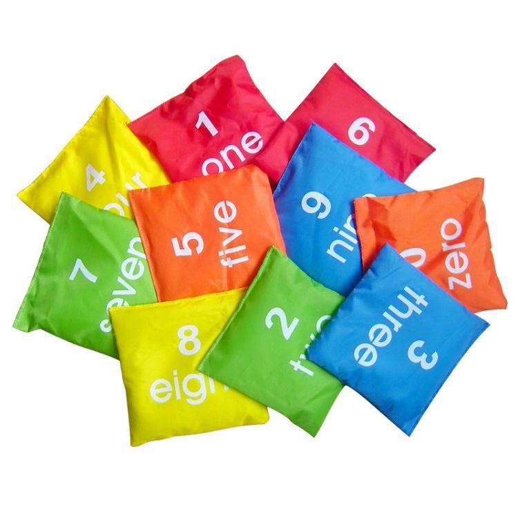 儿童沙袋彩色帆布卡通学生沙包小号 布袋不漏沙 幼儿园创意玩具