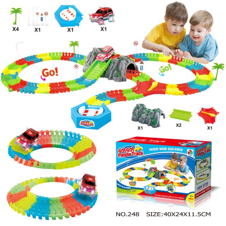 外贸电动轨道灯光车144PCS夜光轨道车带假山转台儿童益智科教玩具