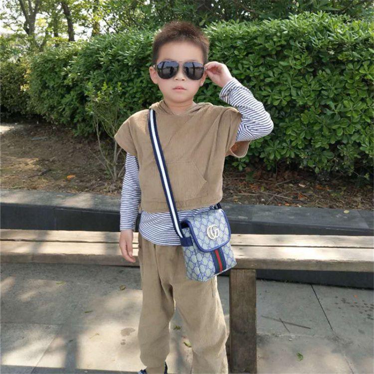 新款儿童包包时尚男童斜跨包潮童小包小男神背包可爱男包斜跨潮流
