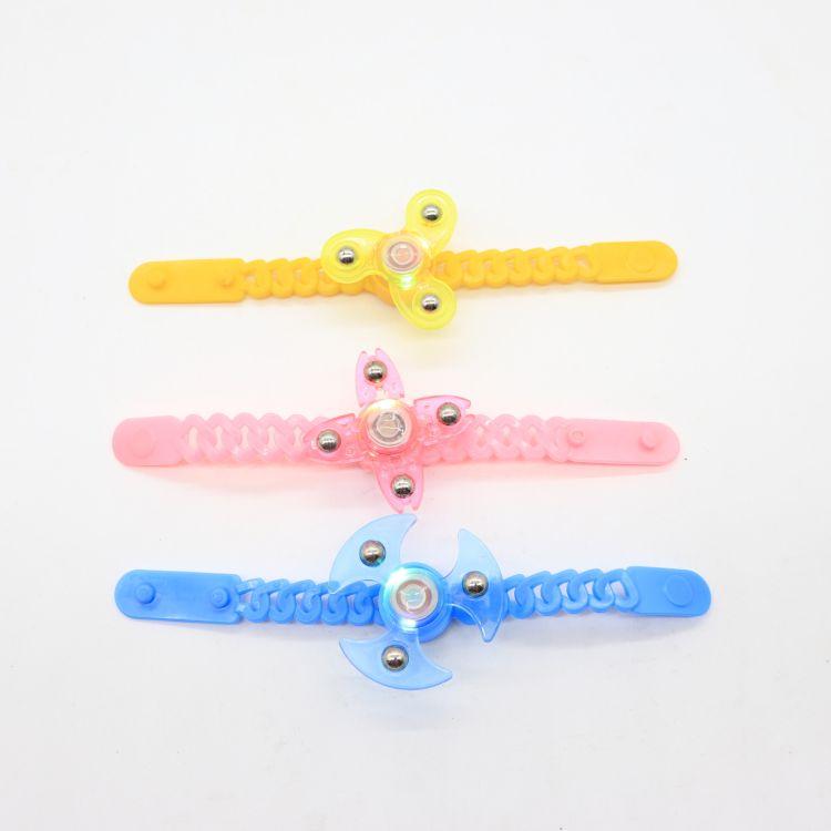 厂家直销 新款发光手表旋转陀螺 学校周边玩具礼品