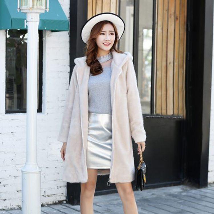 胖衣朵2018冬季新款大码女装时尚韩版带帽水貂绒大衣外套6173