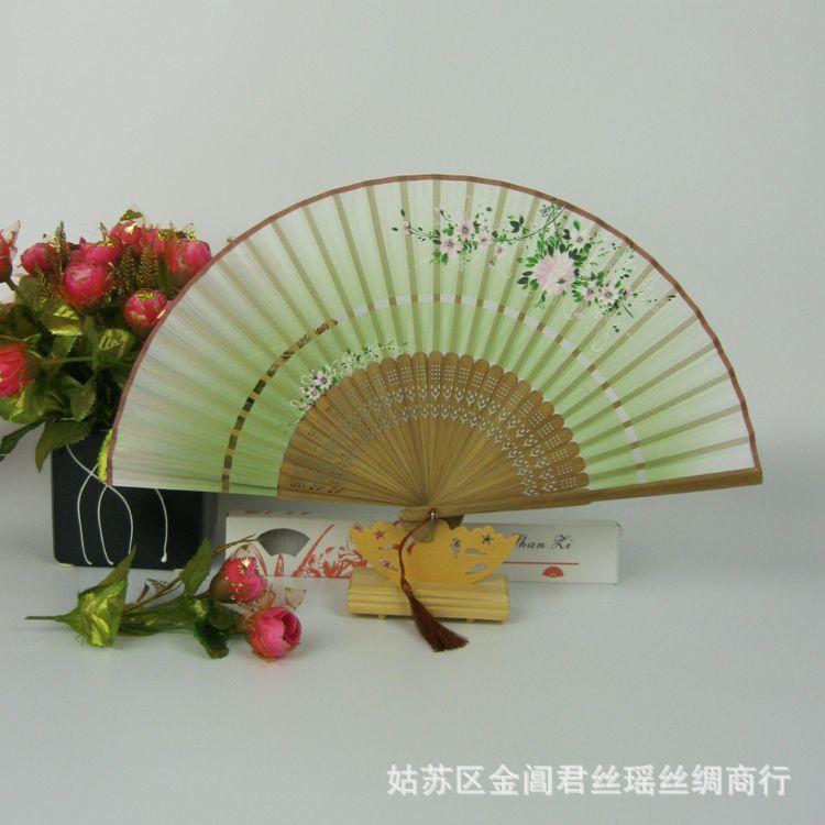 真丝扇 礼品扇 两节一笑梅扇 精品扇 丝绸扇 女式折扇 苏扇