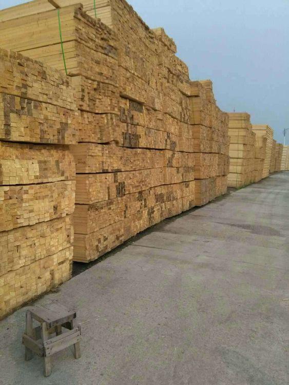 现货批发方木诚信经营质量保障木板木方量大从优可来电订货