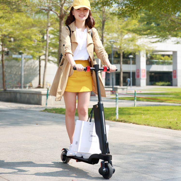 两轮电动滑板车便携折叠迷你成人减震自行车代驾两轮锂电池代步车