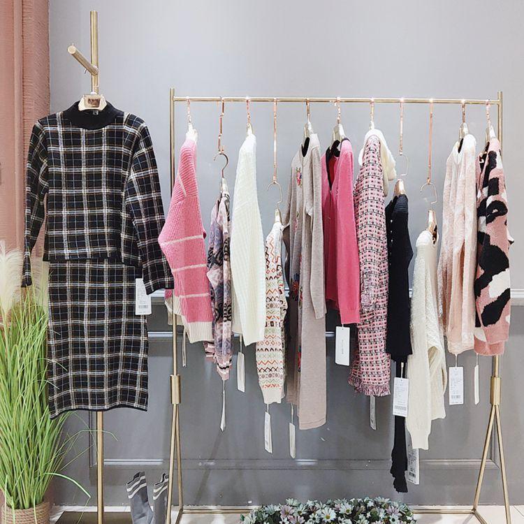 19欧韩时尚女装品牌森塔斯折扣毛衣厂家直销品牌折扣女装尾货批发