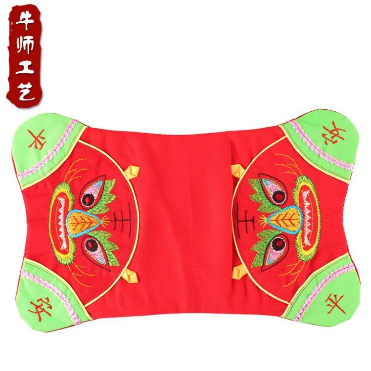 厂价直销绣花老虎枕头套婴幼儿平安老虎枕传统民族风 送内胆套