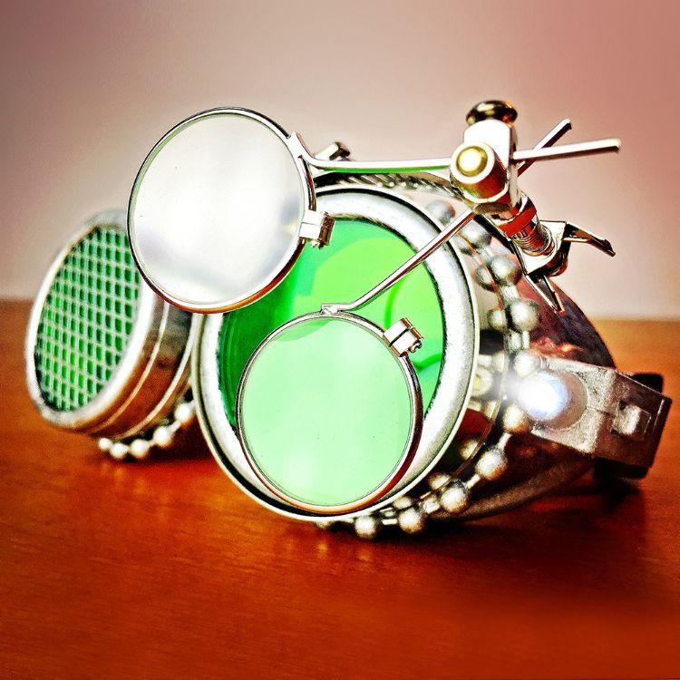 跨境专供 万圣节热卖爆款蒸汽朋克复古护目镜风镜防风镜 一件代发