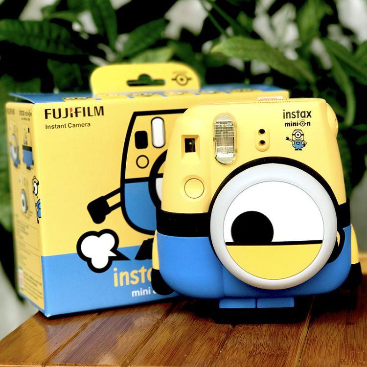 富士神偷奶爸小黄人拍立得instax mini8 照相机一次成像限量版