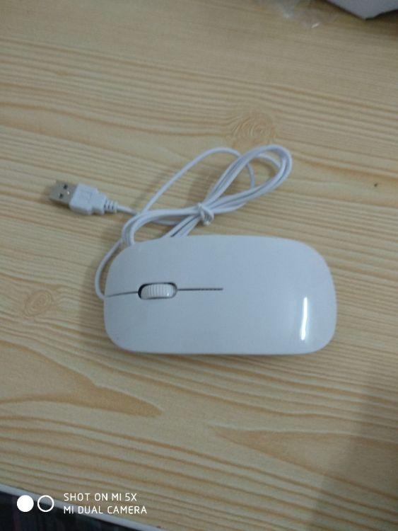 简单为美  符合人体工程  USB接囗 有线鼠标