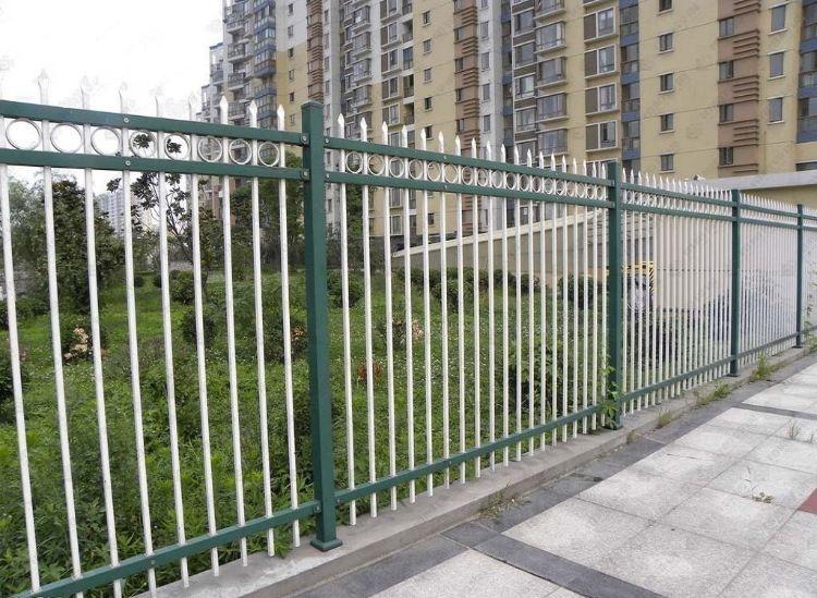 铁艺护栏围栏学校厂区围墙铁艺栏杆厂家直销送立柱锌钢护栏铁栅栏