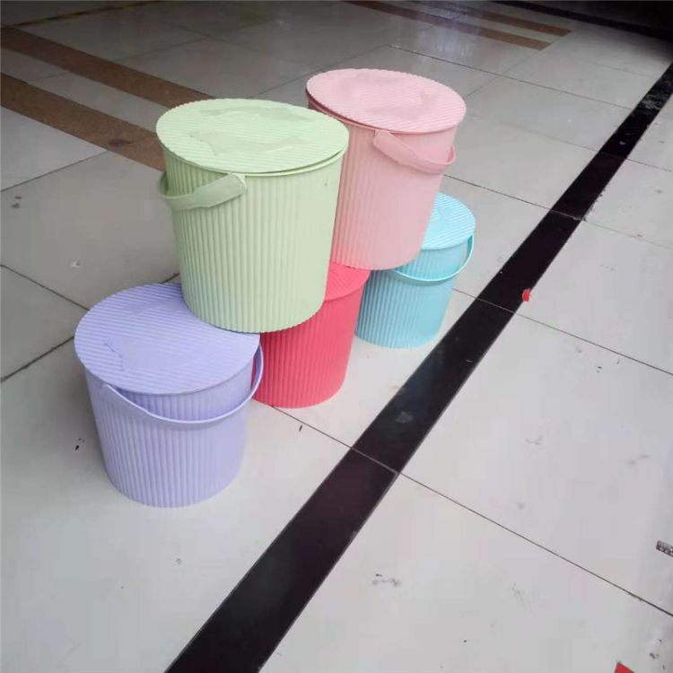 加厚多用储物桶塑料大号带盖收纳桶洗澡凳钓鱼水桶
