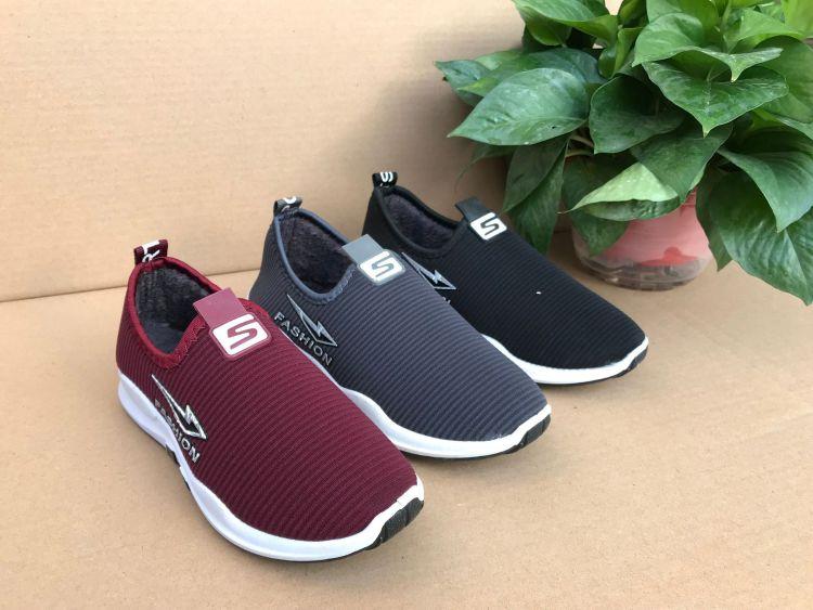厂家直销老北京棉鞋 休闲鞋地摊一脚蹬保暖防滑工作鞋平底妈妈鞋