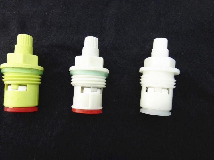 各种水龙头角阀专用优质塑料阀芯 外贸及工程供应 厂家自销售产品