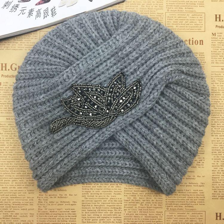 外贸尾单秋冬欧美波西米亚针织头套光板毛线印度帽交叉包头帽批发