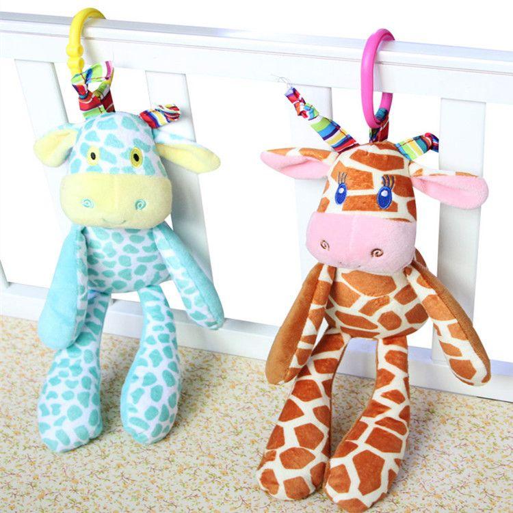 厂家直销婴儿毛绒玩具车挂 0-3岁益智动物款带响筒推车床挂挂件