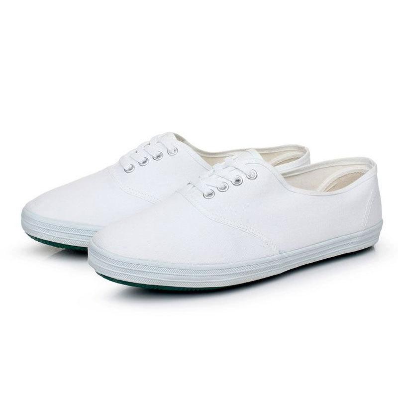 供应优质食品厂工作鞋系带帆布白鞋防滑车间工作鞋轻盈透气防滑